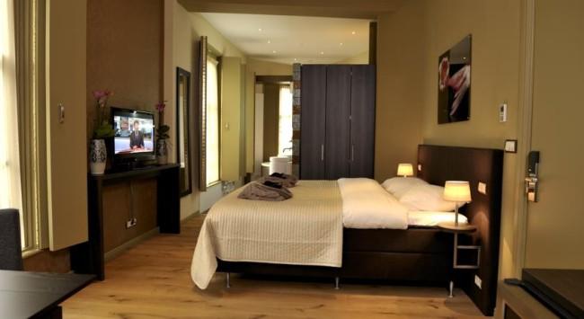 Brass Hotel Suites Haarlem 5
