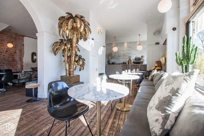 Cote cafe interior Heemstede05