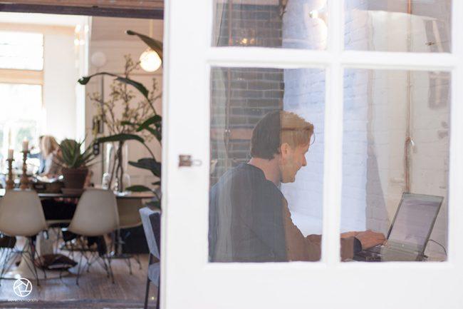Cote cafe interior Heemstede06