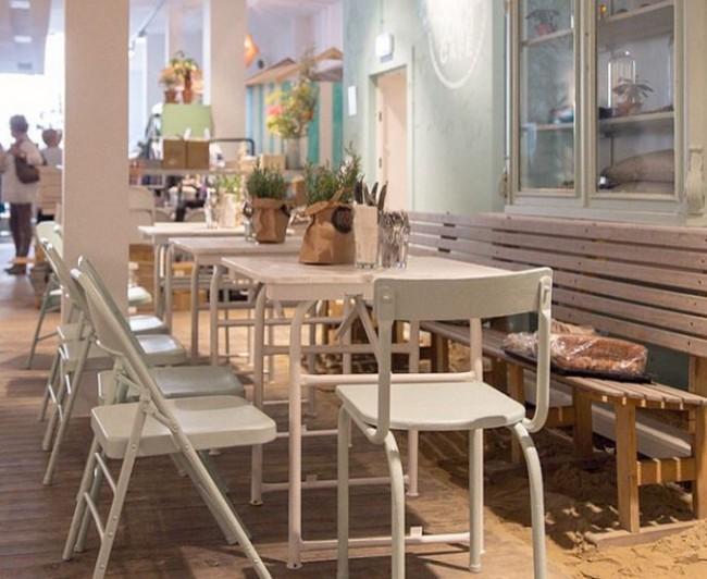 Libelle beach cafe 2