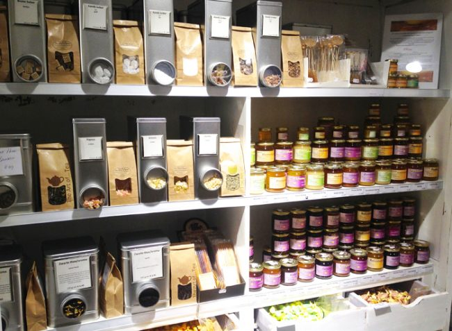 The-art-of-tea-herbs-spices-Haarlem-5