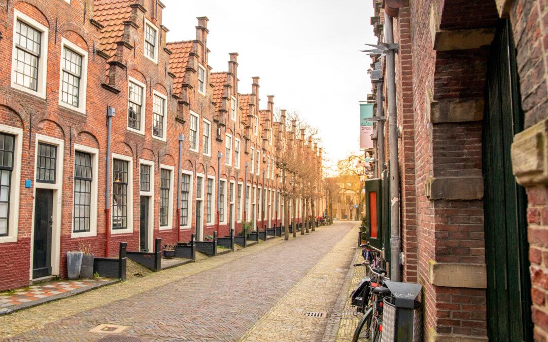 Wandeling door Haarlem: wandelroute langs hofjes en hotspots