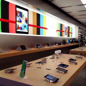apple-store-haarlem-binnen