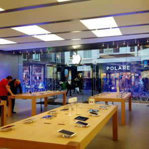 binnen-apple-store-haarlem