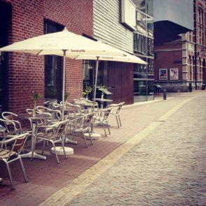 toneelschuur-cafe-terras